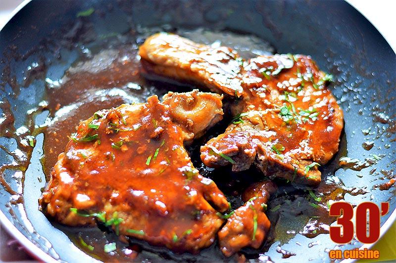 Côtes de porc sauce barbecue et miel