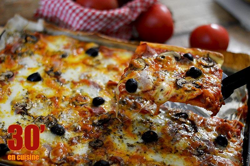 Pizza reine au cheddar