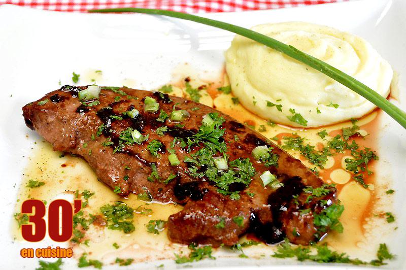 Foie de veau au vinaigre balsamique 30 minutes en cuisine - Cuisiner le foie de veau ...